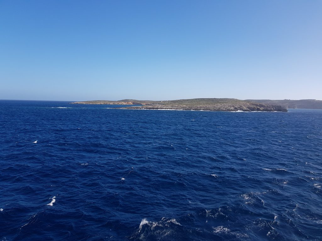 Best things to do in Malta and Gozo - Go to Blue Lagoon - Comino