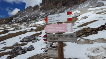 Dolomites Italy things to do - Spend a day hiking around Tre Cime di Lavaredo hike - IT