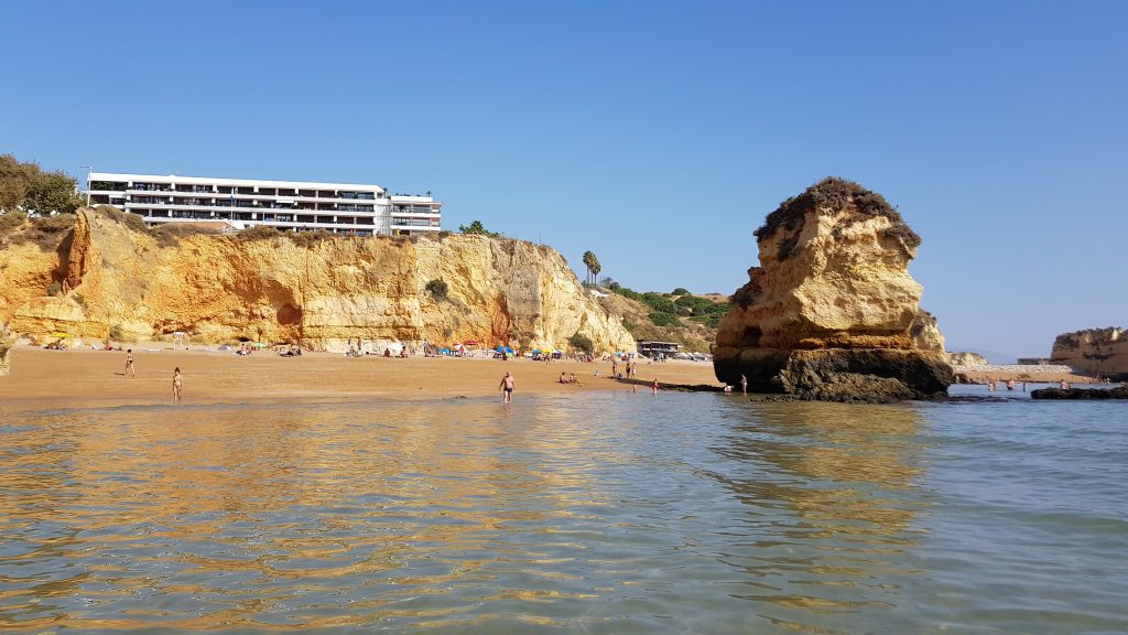 Things to do in Algarve - Best beaches near LAGOS - Praia Dona Ana