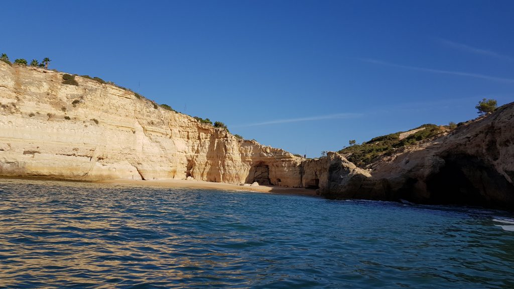 Things to do in Algarve - Best beaches near PORTIMAO - Praia de Carvalho Algarve