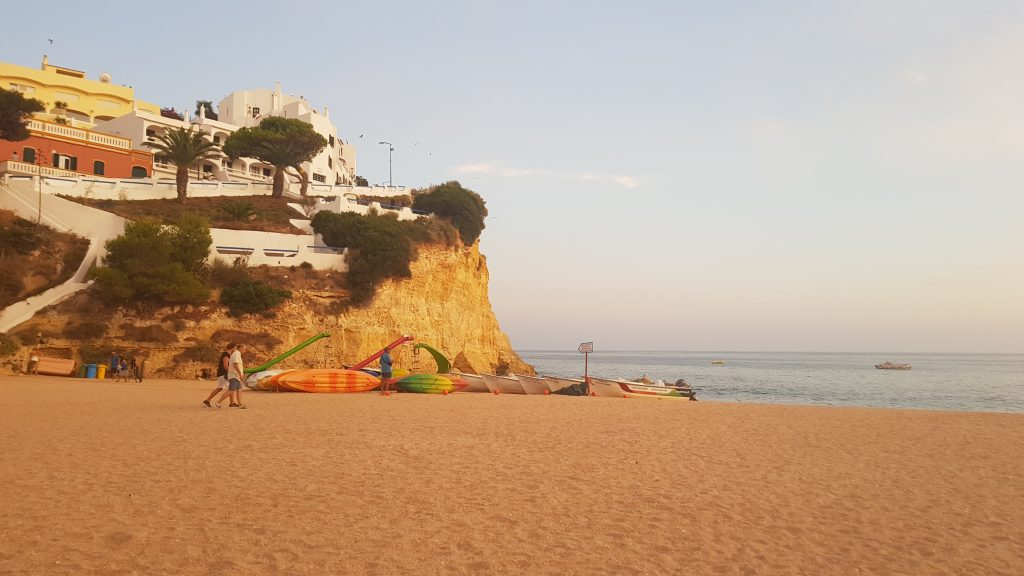 Best beaches near PORTIMAO - Praia de Carvoeiro Algarve