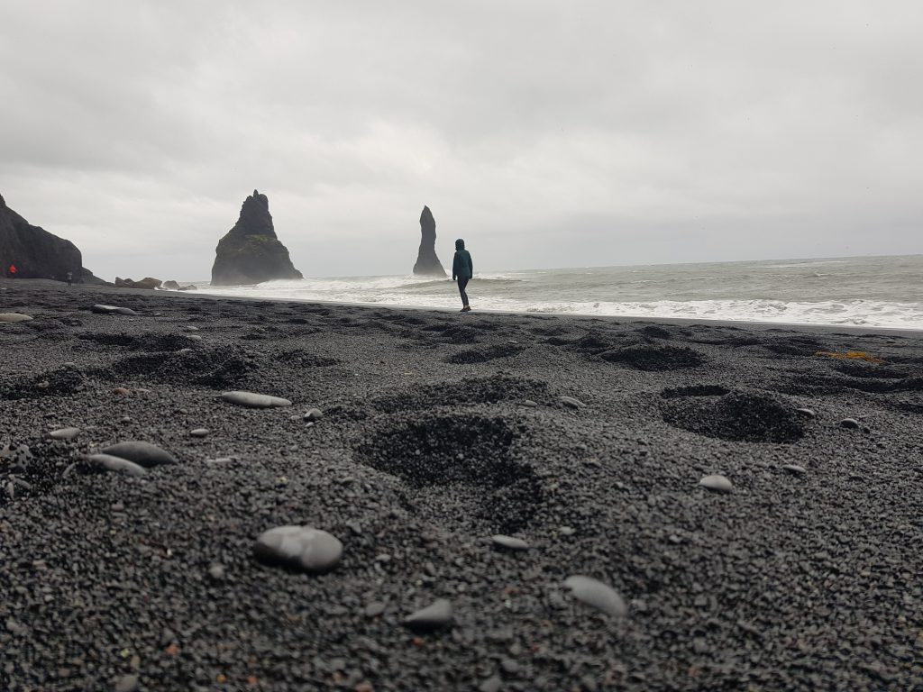 Visit Iceland Why we REGRET visiting Iceland - The sand is dirty and all the beaches are black!