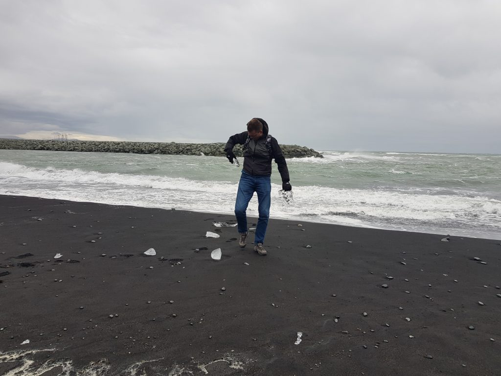 Visit Iceland - Why we REGRET visiting Iceland - Very disappointing trip to Diamond Beach.