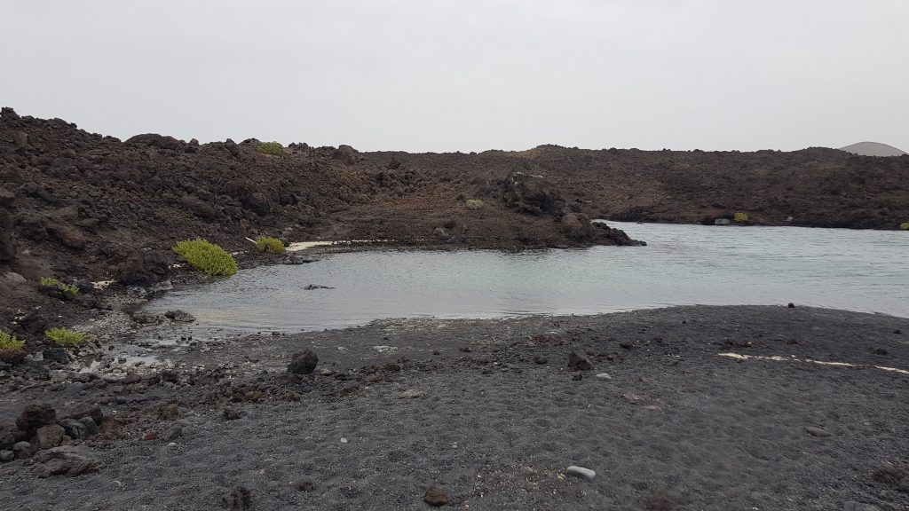 Best things to do in Lanzarote - Playa Montana Bermeja