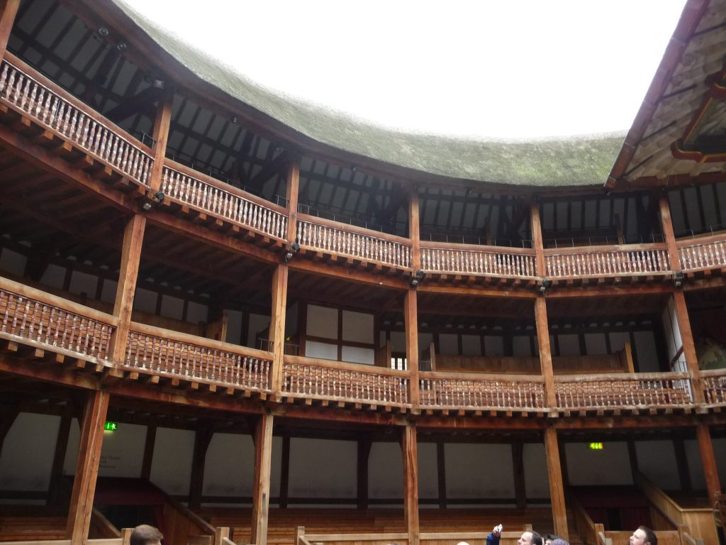 London best things to do - Shakespeare's Globe