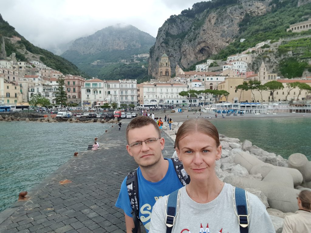 What is the best town to stay on the Amalfi Coast