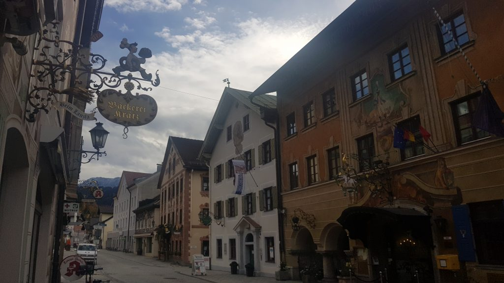 When is the best time to visit Garmisch-Partenkirchen