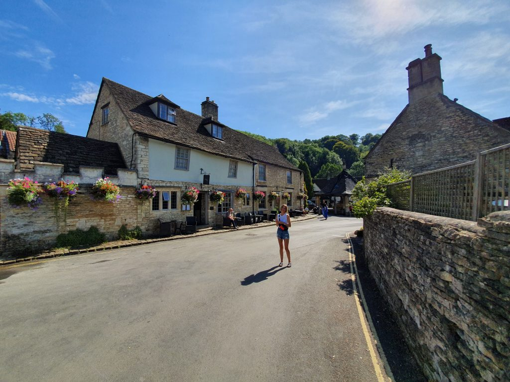 How to get to Castle Combe