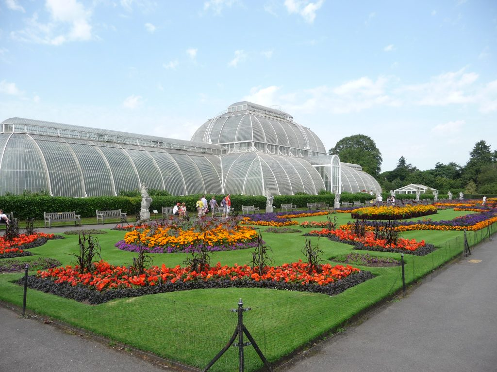 Romantic places in London - Kew Gardens