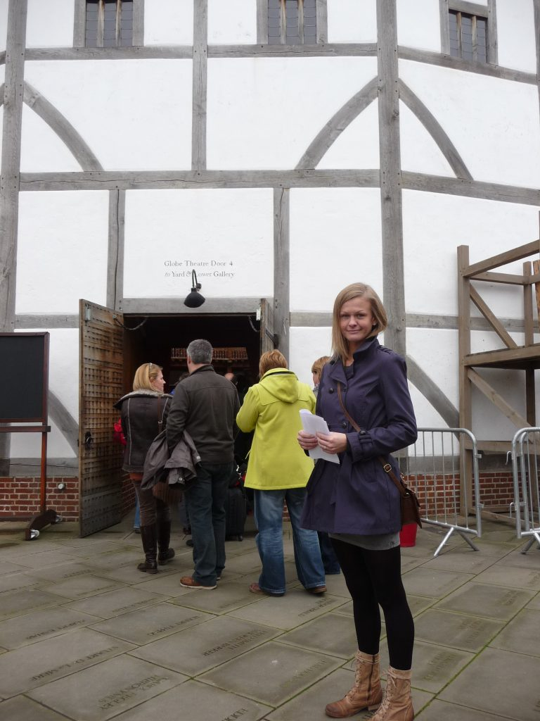Landmarks in London - The Globe Theatre