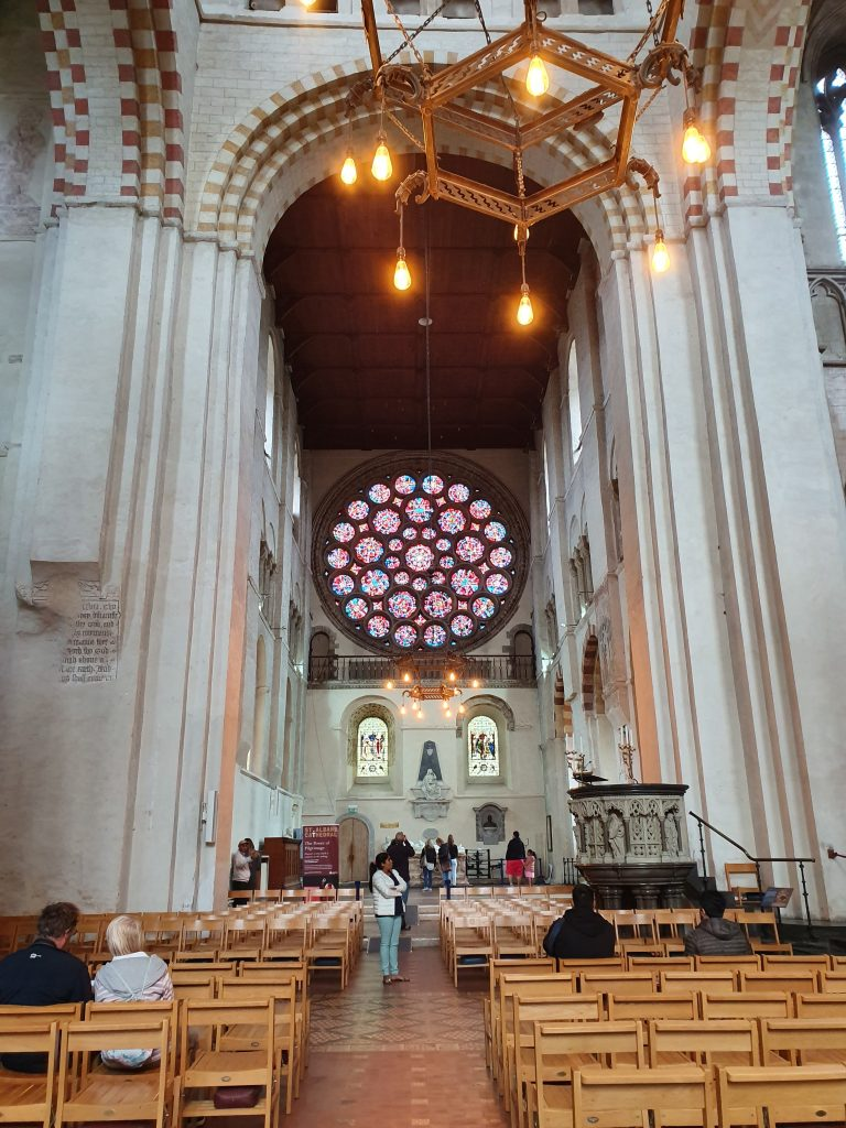 Things to do in St. Albans - St. Albans Cathedral