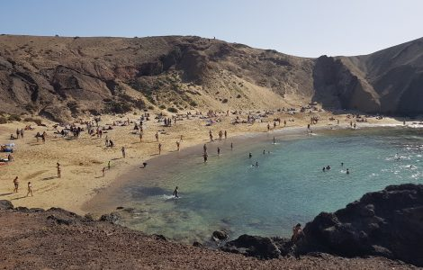 How to get to Papagayo Beach from Playa Blanca Lanzarote