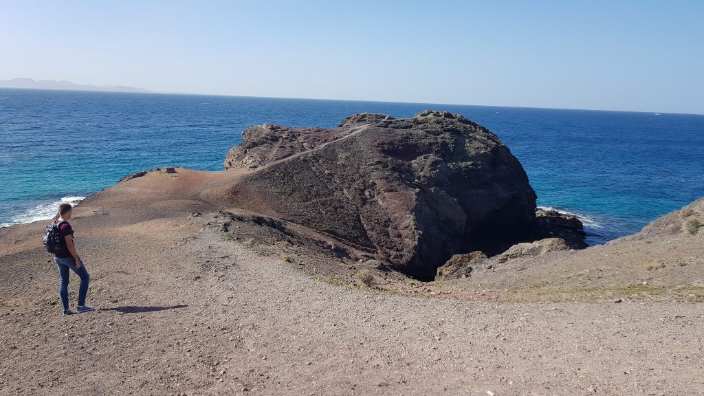 How to get to Papagayo Beach from Playa Blanca by foot