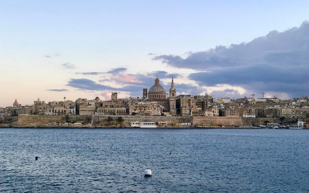Where is warm in April in Europe - spring in Valetta