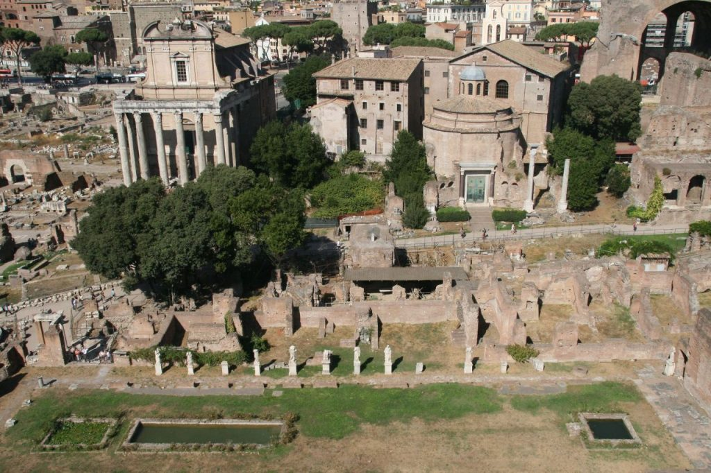 Where is warm in May in Europe - Spring in Roman Forum
