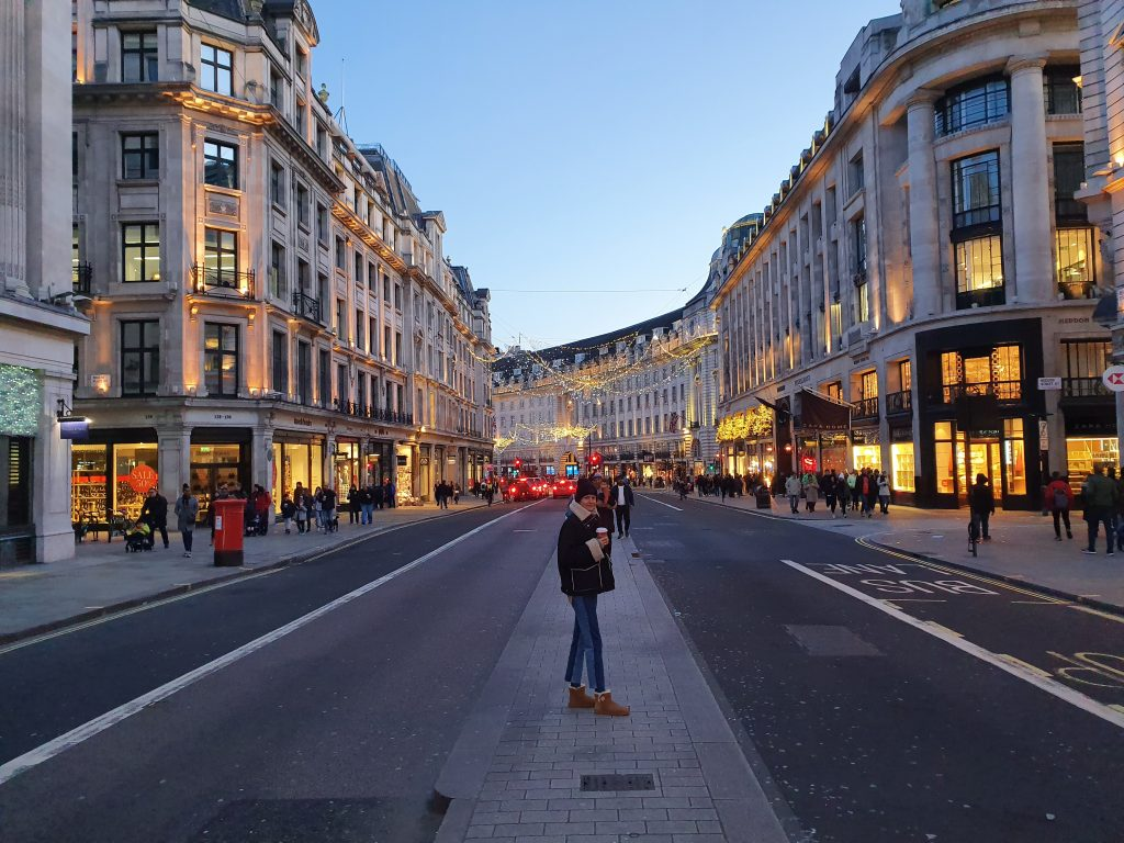 Best neighbourhoods in London - Oxford Street