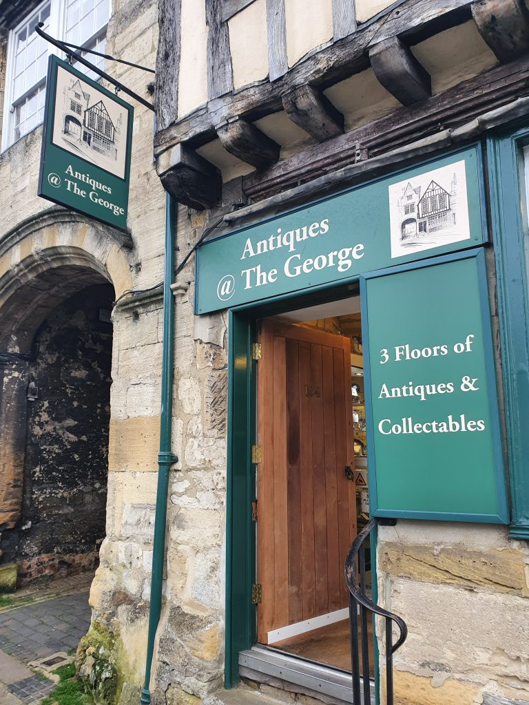 Burford - Antiques At The George