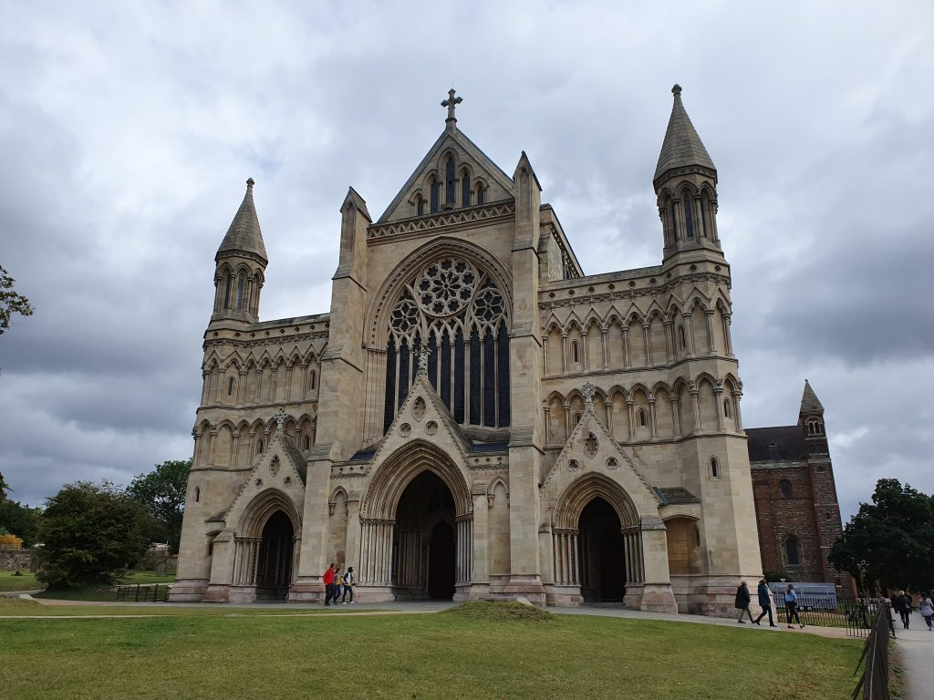 Cathedrals and churches of Europe - The Cathedral & Abbey Church of Saint Alban - England