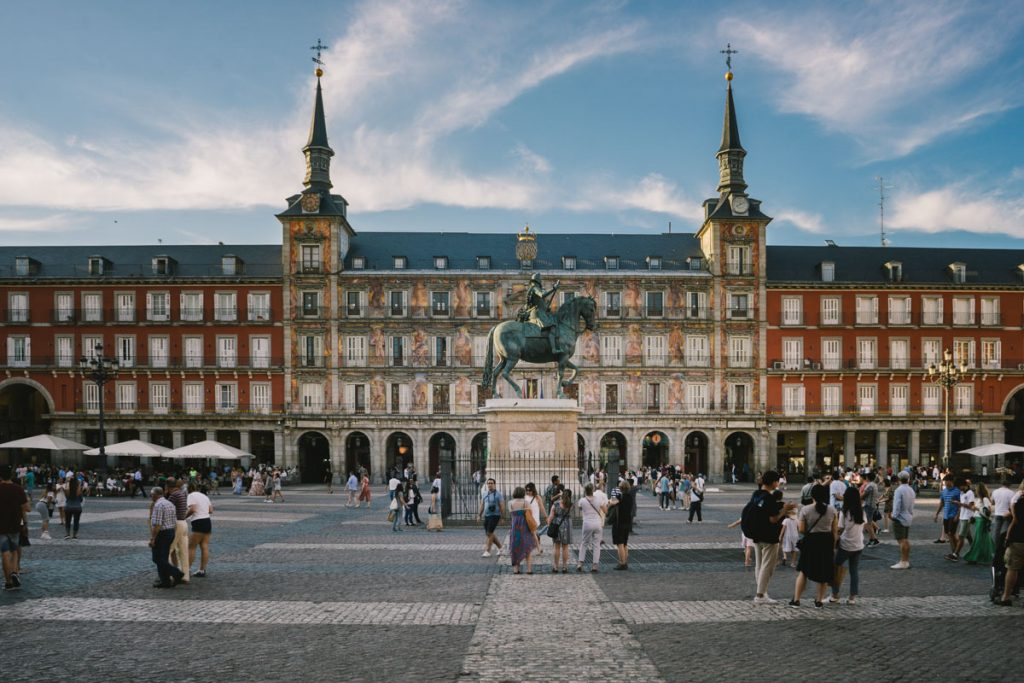 Amazingly stunning European squares - Plaza Mayor, Madrid