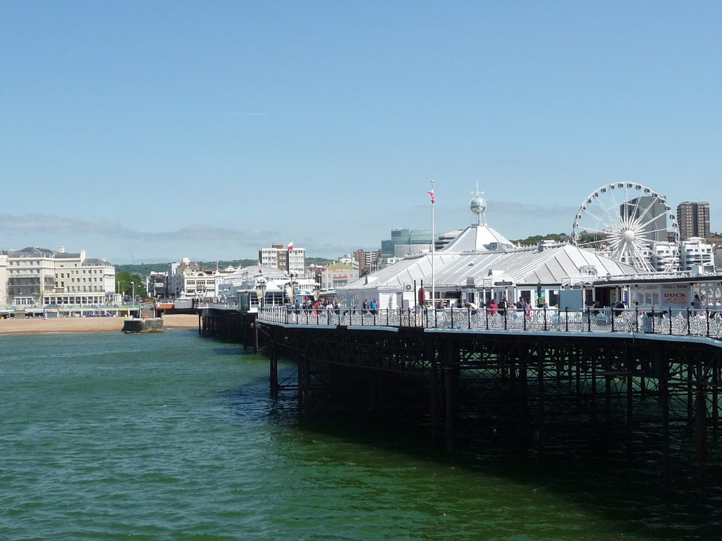 Most famous landmarks in England - Brighton Palace Pier