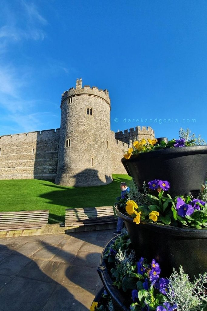 Places to visit near London - Windsor