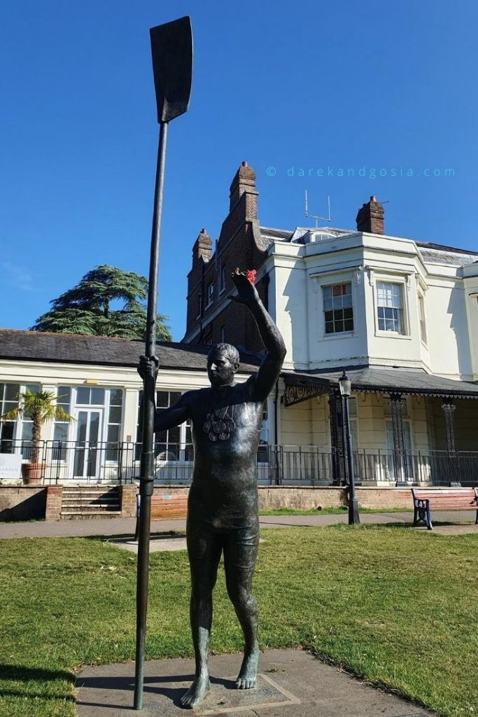 Best things to do in Marlow - Sir Steve Redgrave Statue