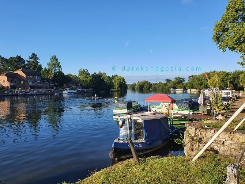 Things to do in Marlow Buckinghamshire - Boat trips to Henley-on-Thames or Windsor