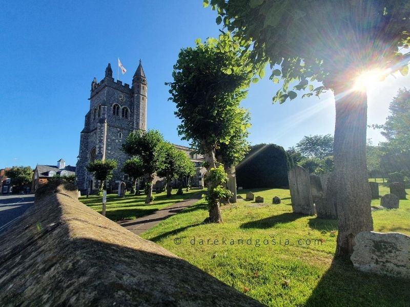 Things to see in Old Amersham - St Mary's Church