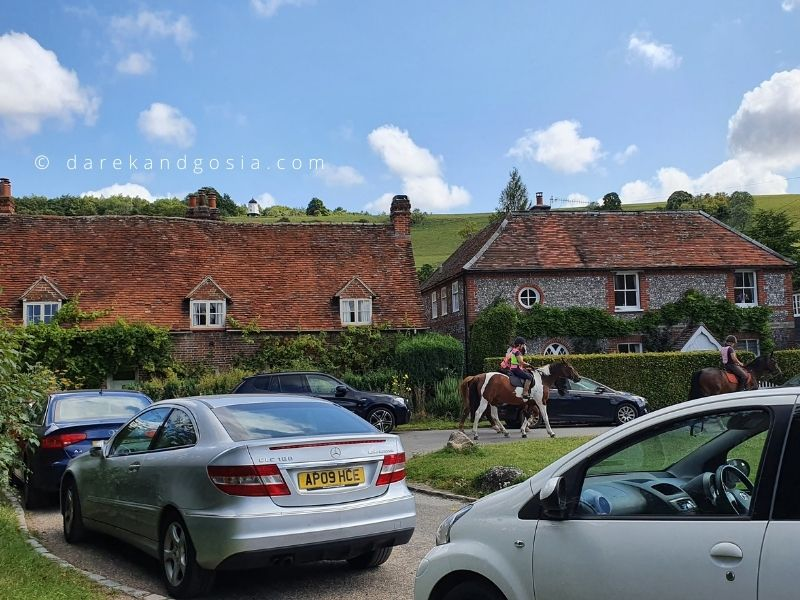 Turville village Buckinghamshire - Turville parking