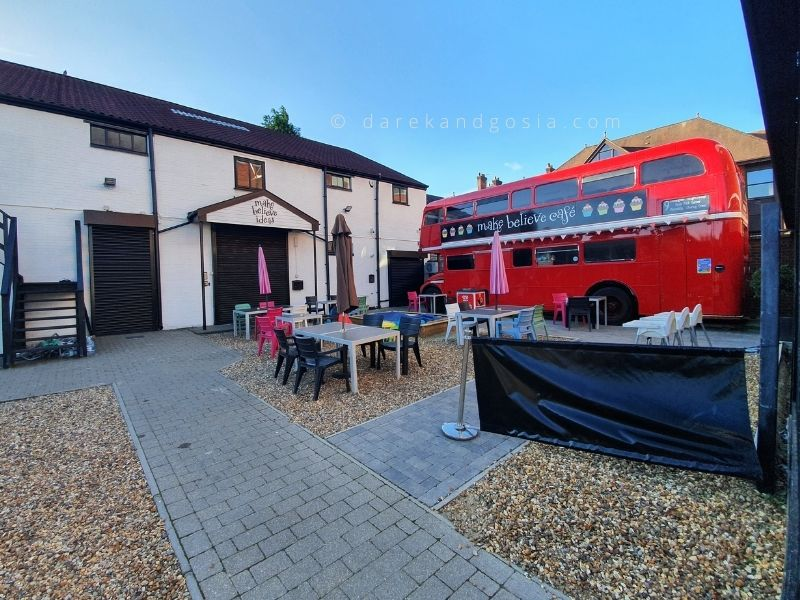 Things to do in Berkhamsted - Make Believe Café Bus