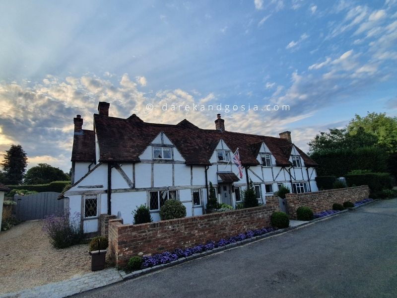 Things to do in Little Missenden Buckinghamshire - Beautiful cottages