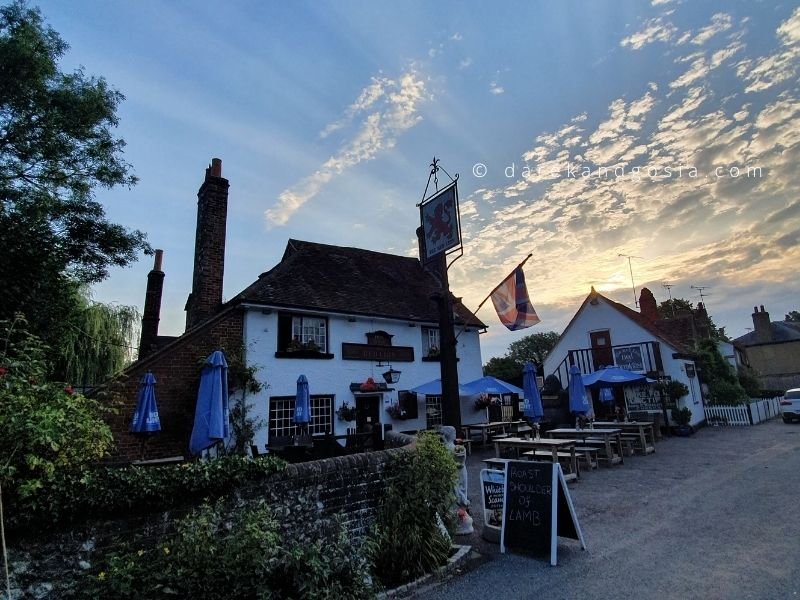 Things to do in Little Missenden Buckinghamshire - Red Lion pub