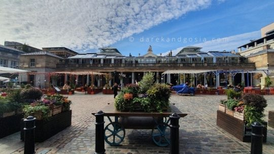 What is Covent Garden London famous for