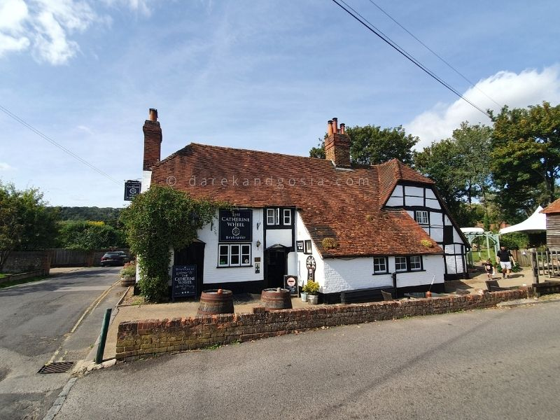 Best villages in England - Goring on Thames, Oxfordshire