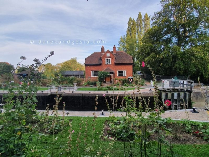 Best day trips from London by car - Sonning on Thames
