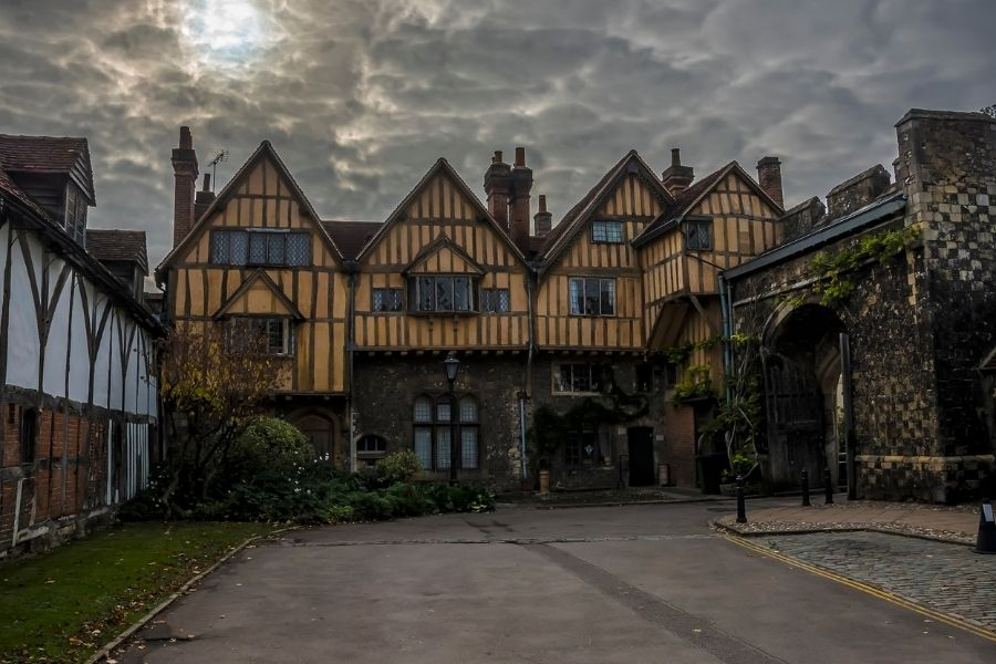 Places to visit southern England - Winchester