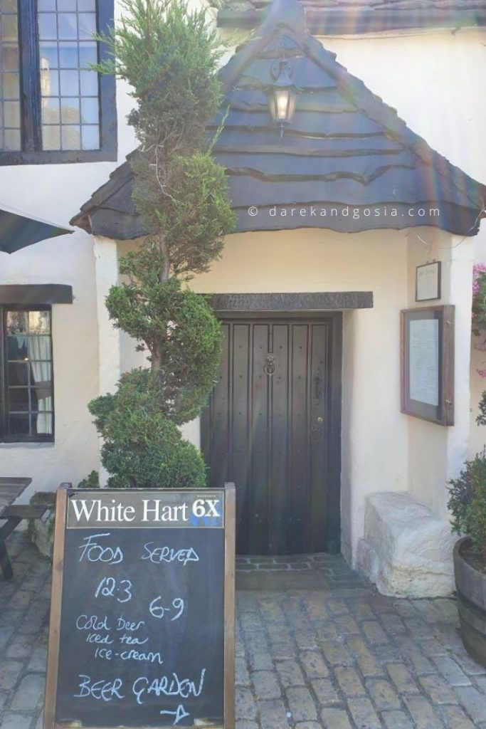 Best country pubs near London - The White Hart, Castle Combe