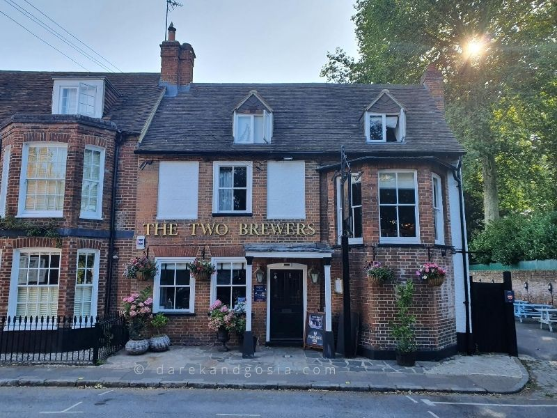 The best pubs near London - The Two Brewers, Marlow