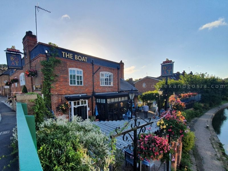 The best pubs near me from London - The Boat Pub, Berkhamsted