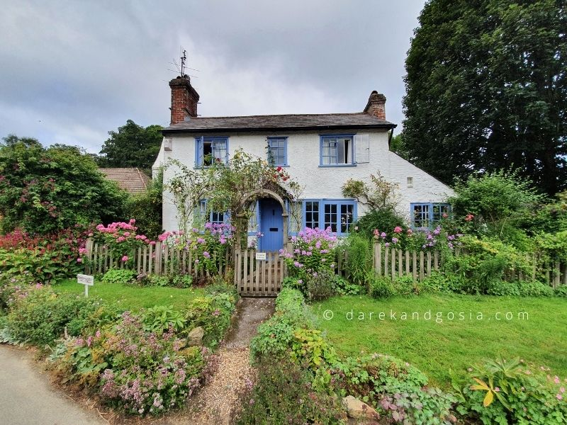 Country villages near me - Peaslake, Surrey