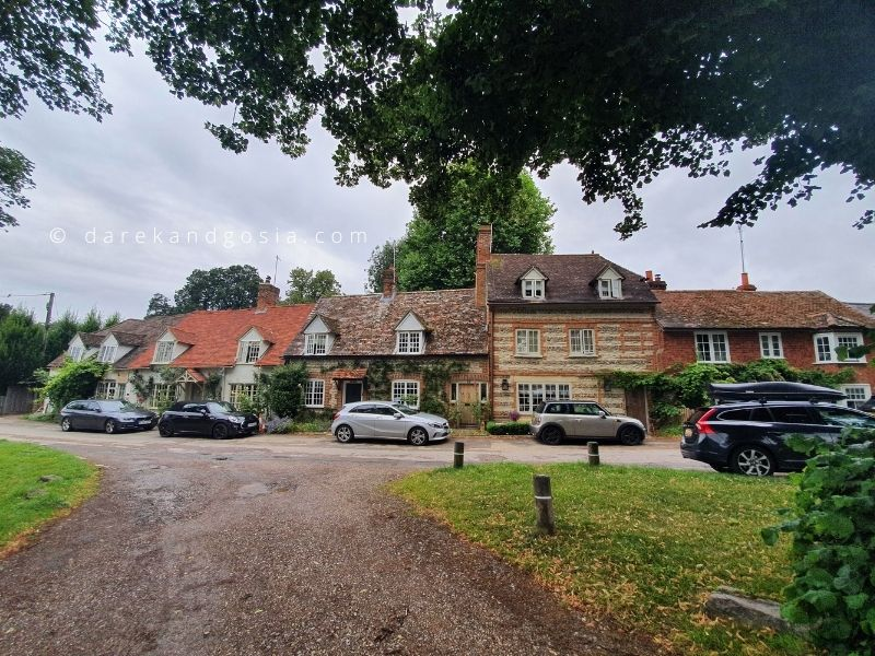 Oxfordshire points of interest - Warborough